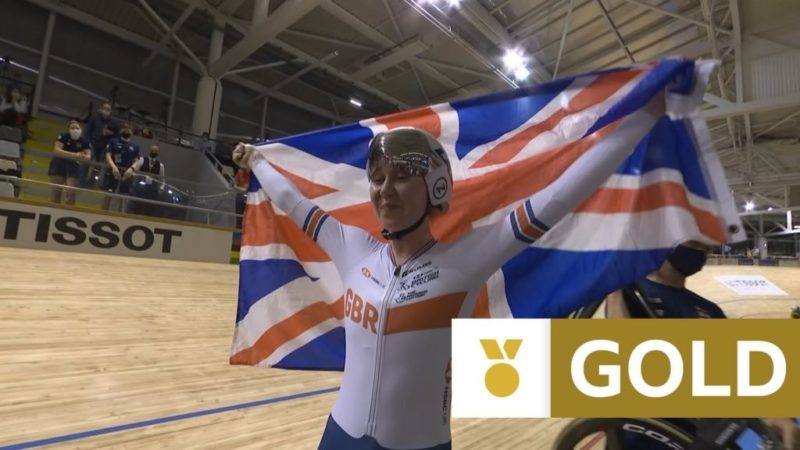 """Championnats du monde de cyclisme sur piste: la britannique Katie Archibald évite un """"mauvais accident"""" alors qu'elle scelle l'or omnium dominant"""