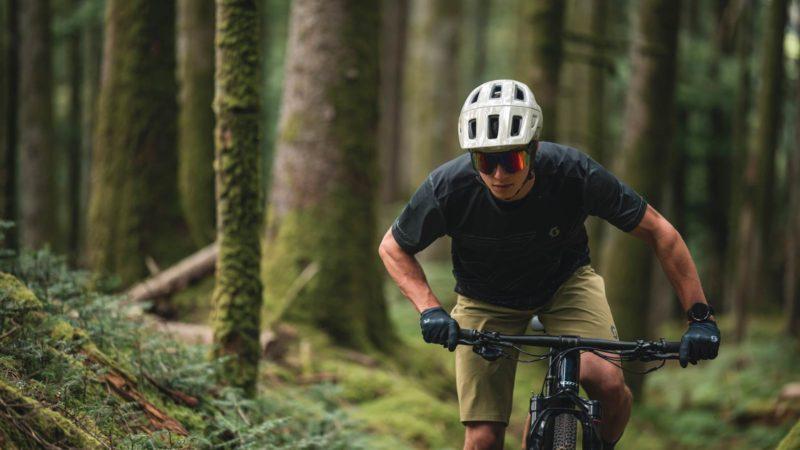 Täysin uusi SCOTT Argo Plus tarjoaa monipuoliset polkupyöräkypärät budjetilla