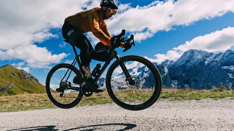 סקירה: אופני חצץ באסו פלטה II, מהירים יותר ויכולים יותר!