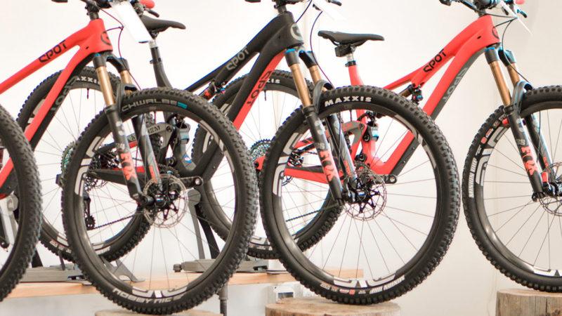 Disponível agora: punhos Ergon, bicicletas SPOT, pulôveres Mission Workshop e moletons gratuitos Club Ride!