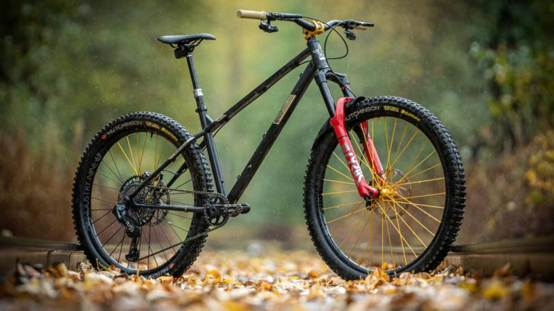 Sit Back and Enjoy This Sunny, Soothing Mountain Bike Screener