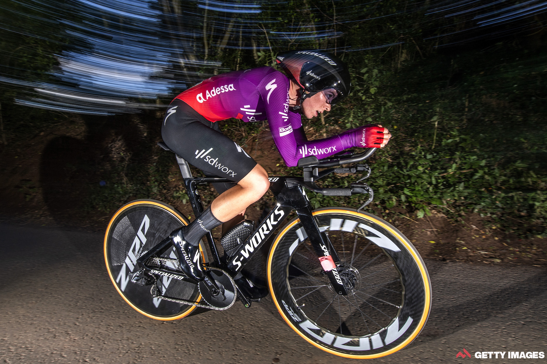 Vollering takes charge of Women's Tour with stage 3 victory