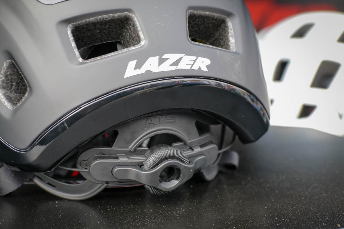 Podcast #048 – Lazer Helmets vysvětluje nespočet fit a retenčních systémů
