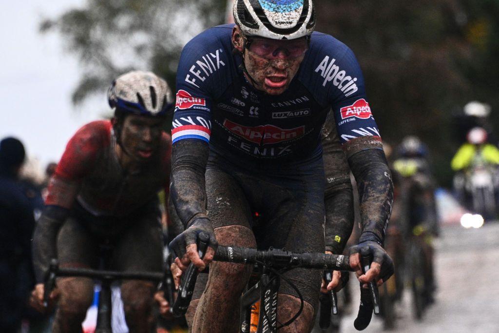 Van der Poel: este Paris-Roubaix fue uno de los libros de historia