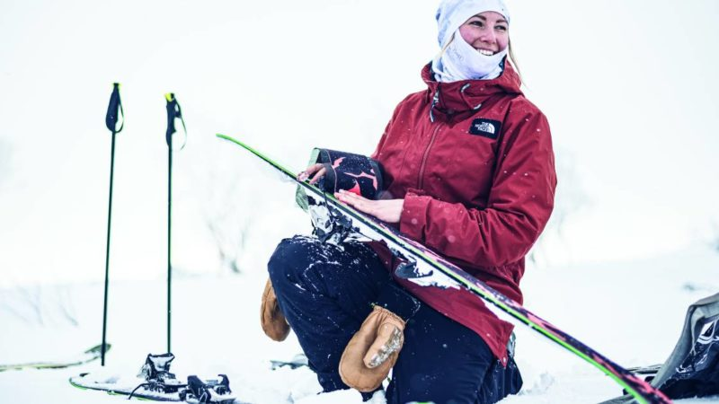 The Best Face Coverings for Skiing & Snowboarding in 2021-2022