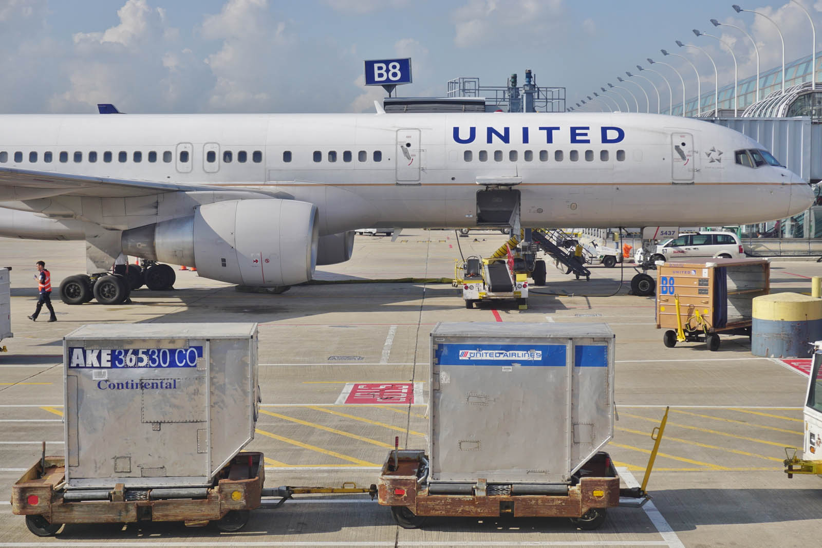 United Airlines Bike Fees are no more – another airline where bikes fly for less